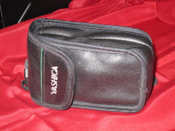 yashica-t4-in-old-case_640x480