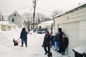 Canon A35F, Chicago 2011, Happy Snow Shoveler
