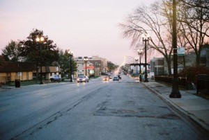 Yashica Electro 35 GSN, Northwest Highway in Chicago, IL, at Dusk