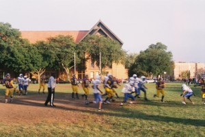 Vivitar V3800N, Blurry Halfback at Schurz Football